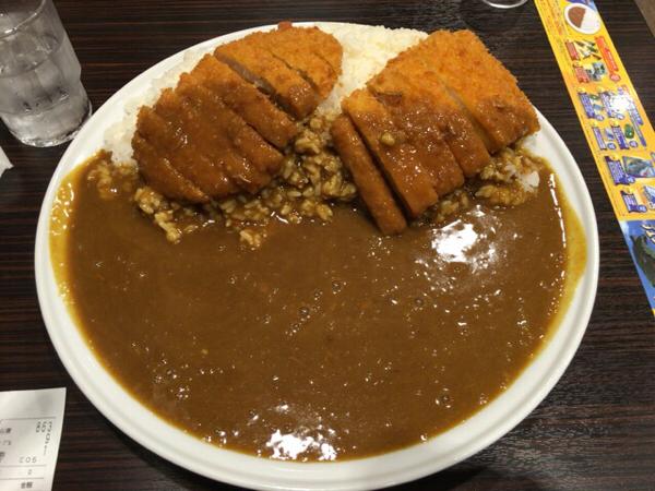 CoCo壱番屋(ココイチ)てロースカツカレーを1キロ食べました。(画像あり)